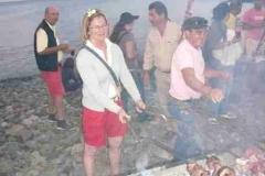Fleisch wird gegrillt