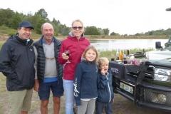 12. Wolf und Familie auf Safari