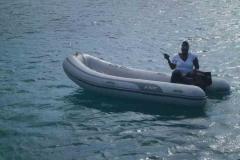 Vanessa im Schlauchboot